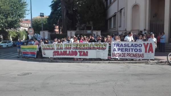 La Comisión Pro-traslado pide a la Junta que trasladen la Escuela de Idiomas