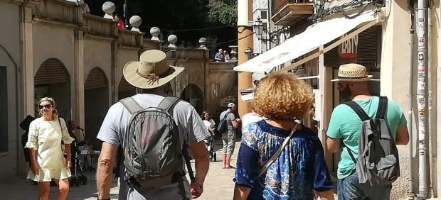 Los turistas en Ibiza valoran con un 8,2 su experiencia en la isla,según un estudio encargado por ...