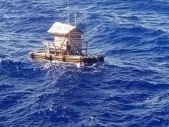 Sobrevive 49 días a la deriva sobre una trampa flotante para peces