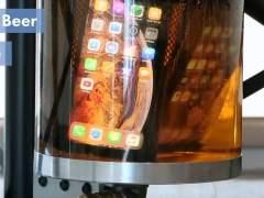 El iPhone Xs es resistente a la cerveza pero no a las aceras