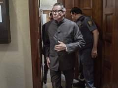 Dos años de cárcel al causante del escándalo en la Academia Sueca