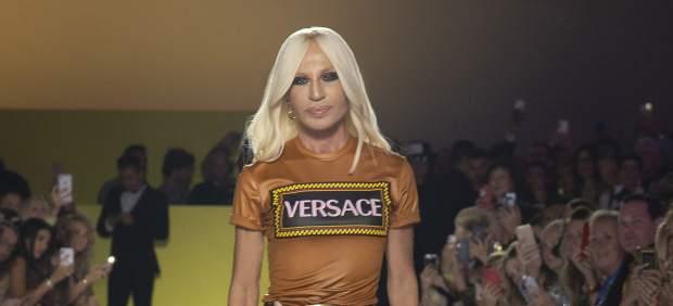 Movimientos en el sector del lujo: Michael Kors se dispone a comprar Versace por 2.000 millones de ...