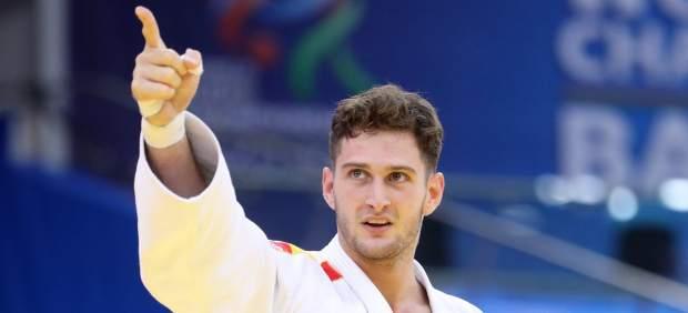 Niko Shera sigue haciendo historia: oro en el Masters y más líder del ranking mundial