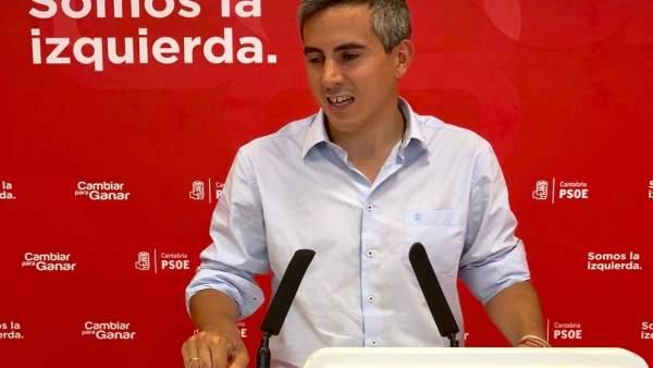 Zuloaga valora en rueda de prensa la reunión de Revilla con Pedro Sánchez