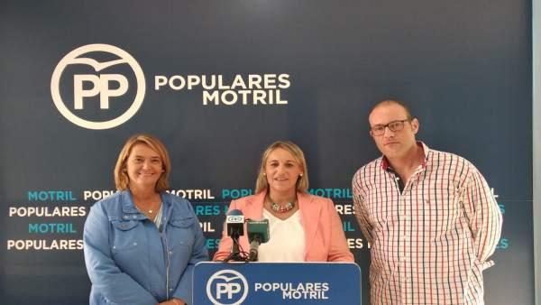 Rueda de prensa del PP sobre contratos en Vélez Benaudalla