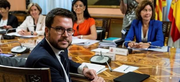Hacienda se compromete a pagar 1.459 millones de euros pendientes a Cataluña