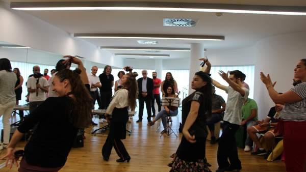 Baile en la factoría cultural