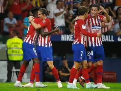 El Atlético de Madrid celebra un gol ante el Huesca.