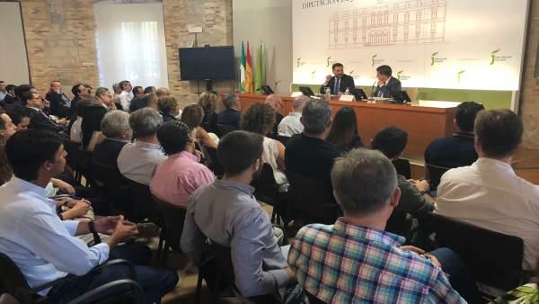Reunión con representantes turísticos de la provincia