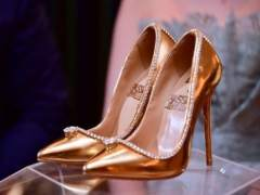 Stilettos de oro
