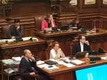 Teniente alcalde Gerardo Pisarello, alcaldesa Ada Colau, pleno de Barcelona.