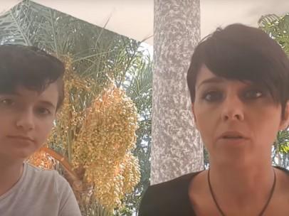Patricia Aguilar y Noelia Bru, en un instante del vídeo grabado.