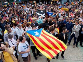 'Estelada' al  viento en Girona