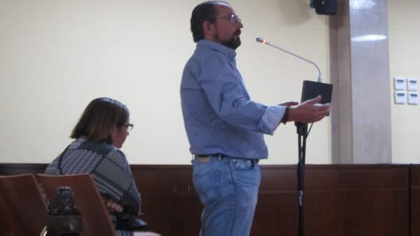 El extesorero del Linares durante su declaración