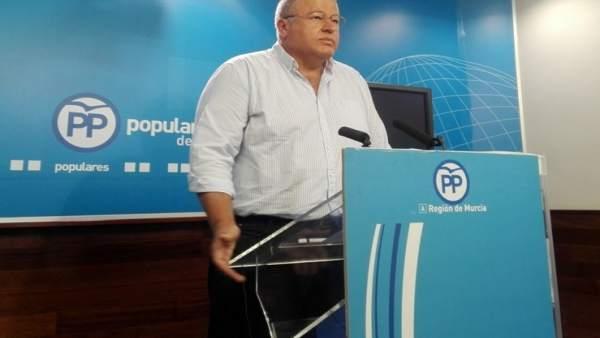 El senador y viceportavoz del PP de la Región de Murcia, Francisco Bernabé