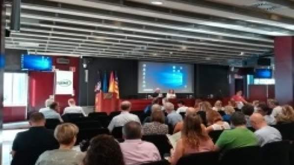 Reunión informativa sobre el PIAT organizada por el Consel