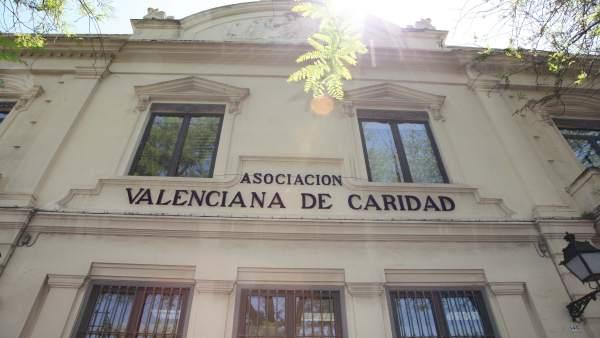 """Casa Caridad constata un augment """"constant"""" d'atencions"""