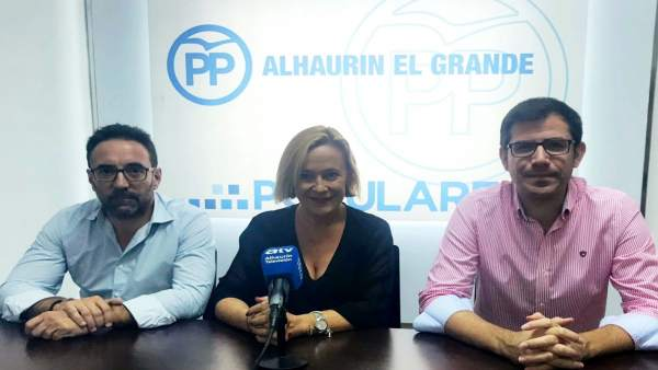 Mariví Romero en rueda de prensa en Alhaurín el Grande