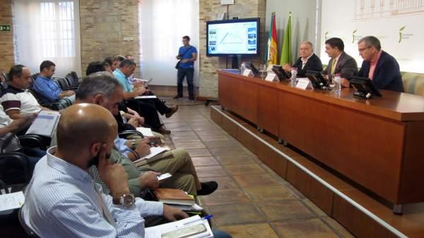 El presidente de la DPH, Miguel Gracia, ha asistido a esta jornada en Jaén