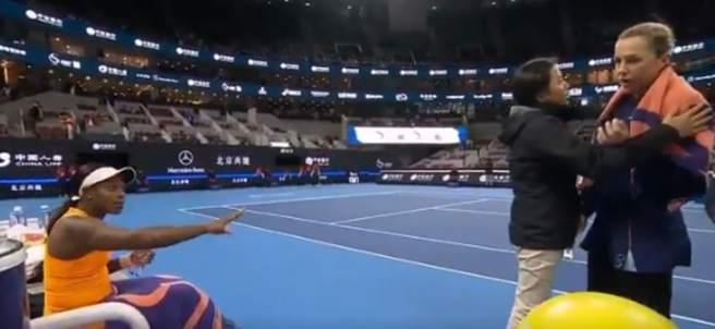 Discusión entre Sloane Stephens y Anastasia Pavlyuchenkova