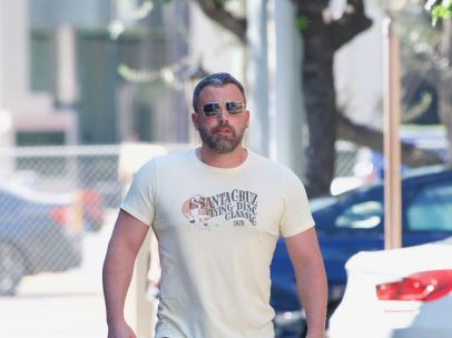 Ben Affleck reaparece tras un mes de rehabilitación