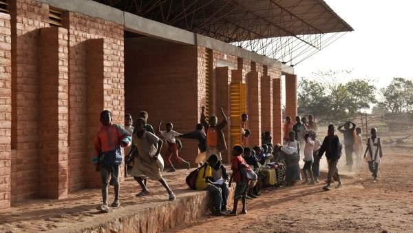 Escuela Primaria. Gando, Burkina Faso (1999-2001)