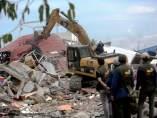 Terremoto Indonesia excavadora