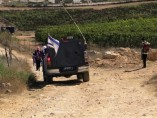 Niños israelíes escoltados