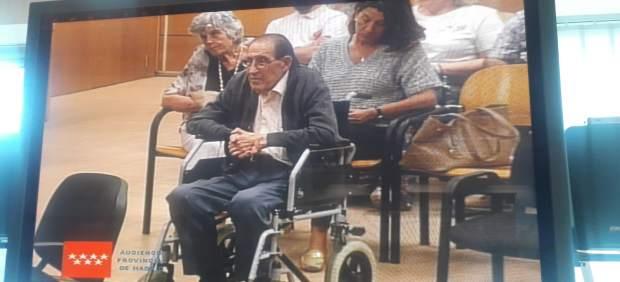 Nueva maniobra dilatoria del doctor Vela: que le lleven a casa la sentencia