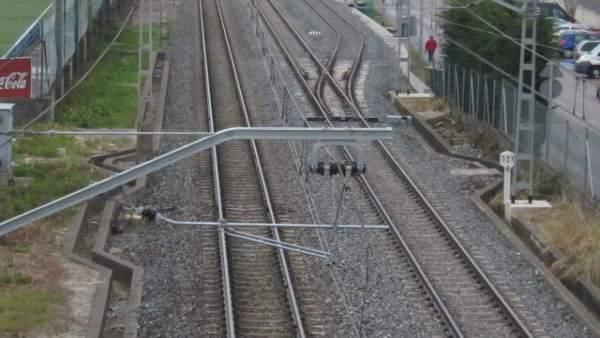 Tren, Vías, Catenaria