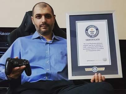 Usuario ganador del récord Guinnes al lograr 1.691 trofeos de Platino en PlayStation.
