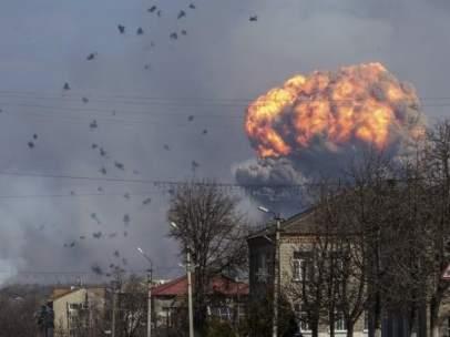 Explosión de un arsenal en Ucrania