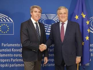 El presidente de la Comunidad de Madrid, Ángel Garrido con Tajani
