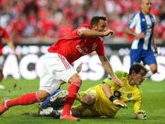 Seferovic y Casillas, Benfica - Oporto