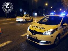 Buscan a un conductor que intentó a atropellar a un hombre en Madrid