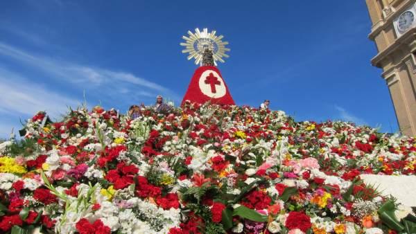 Manto Floral De La Virgen Del Pilar, En Zaragoza