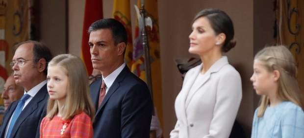 El Gobierno sugiere que los abucheos a Sánchez el 12-O no fueron espontáneos