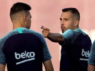 Jordi Alba, en un entrenamiento con el Barcelona.