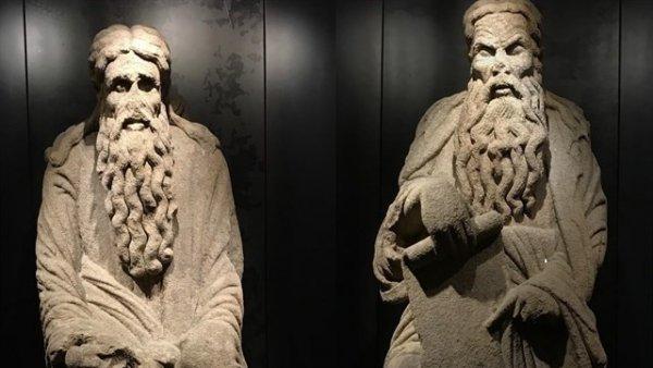 Comienza el proceso judicial que reclama las estatuas de Abraham e Isaac a la familia Franco