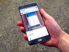 Instagram prueba a acabar con el 'scroll' y pasar las publicaciones con un toque, como en las historias