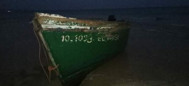 Una patera en su llegada a Fuerteventura