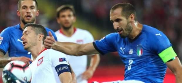 Italia le gana a Polonia en el descuento