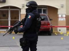 Hallan seis cuerpos en un solar en México