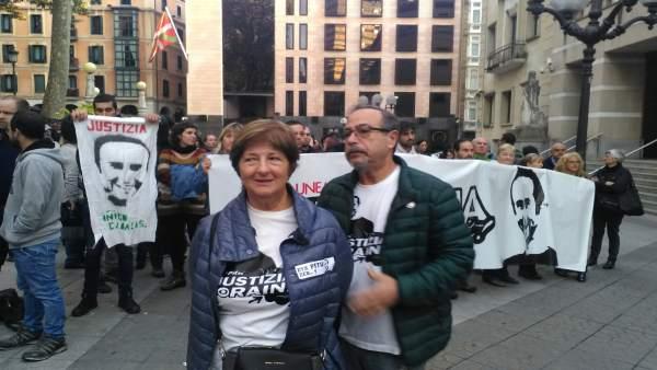 Manu Cabacas y Fina Liceranzu