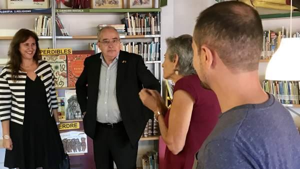 Los consellers L.Borràs y J.Bargalló.