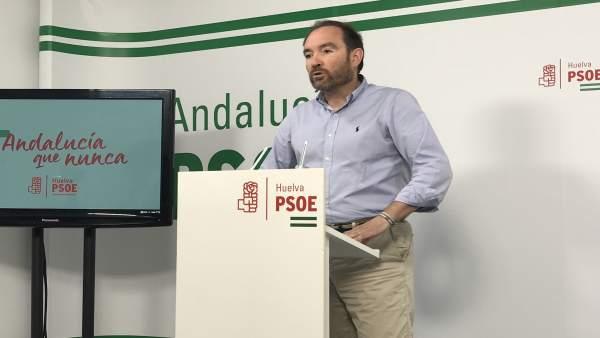 José Fernández, en rueda de prensa.