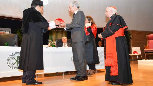 Acto de la UCV sobre Adolfo Suárez