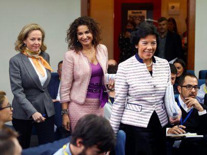 Montero, Celaá y Calviño defienden la subida del SMI