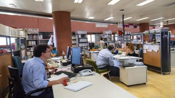 Funcionarios, empleo público