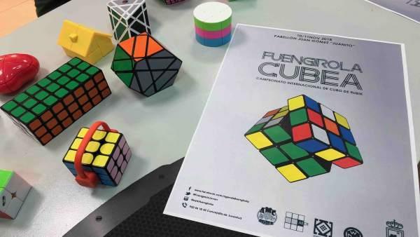 Presentación del Campeonato Internacional de Rubik en Fuengirola